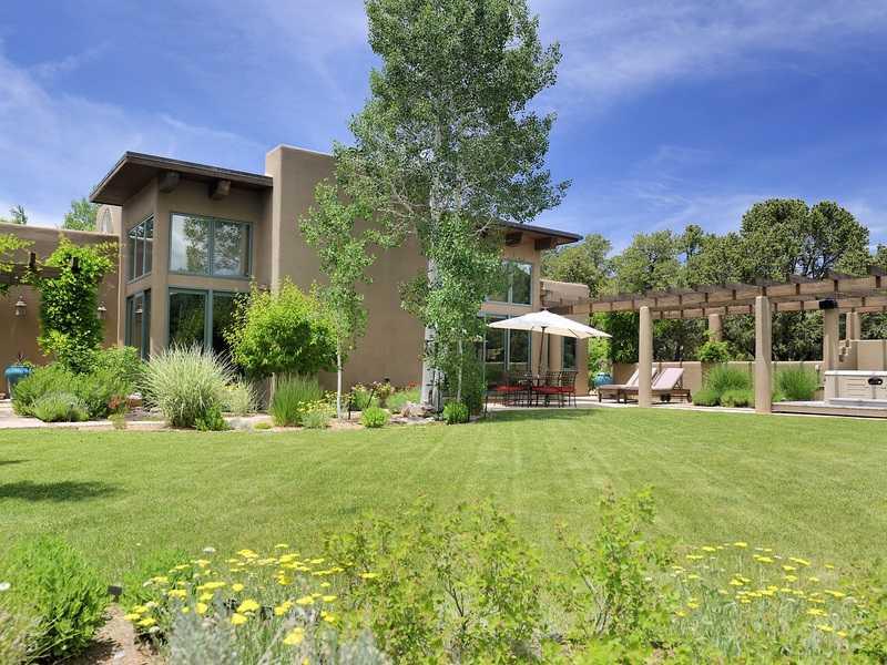 $3,700,000 - 5Br/7Ba -  for Sale in Valle Conejo, Santa Fe