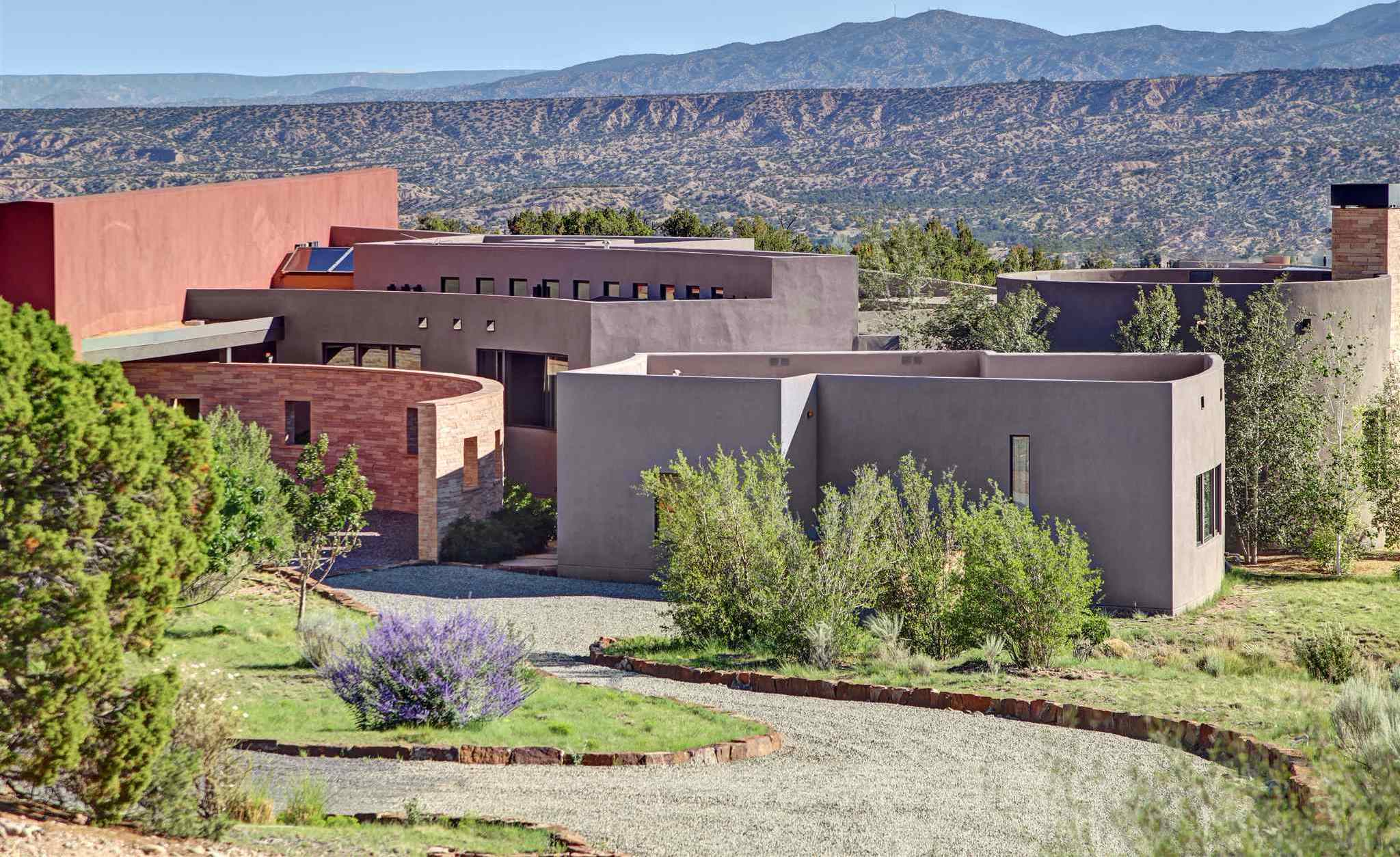 $3,975,000 - 5Br/6Ba -  for Sale in Santa Fe