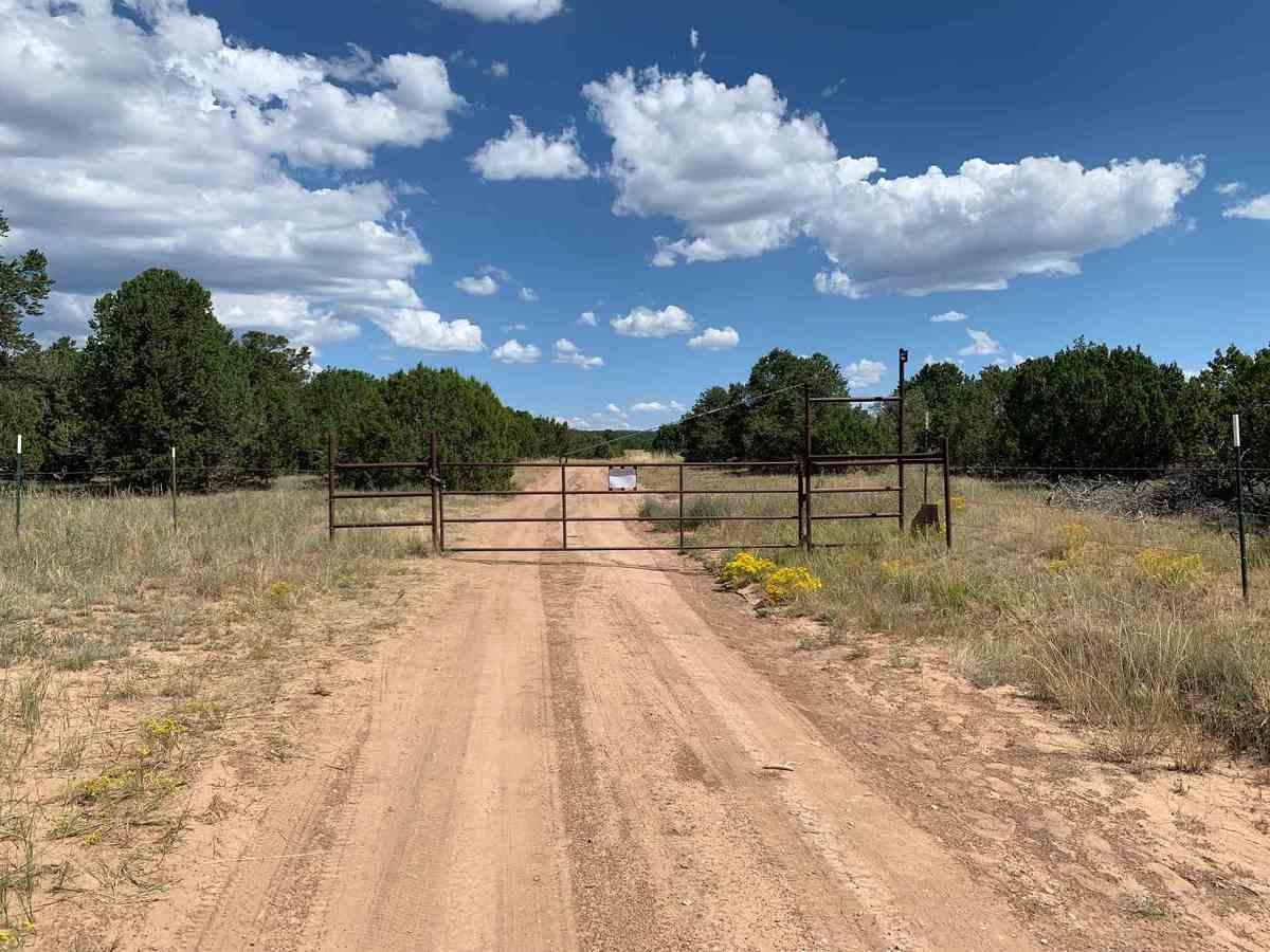 $825,000 - Br/0Ba -  for Sale in Santa Fe