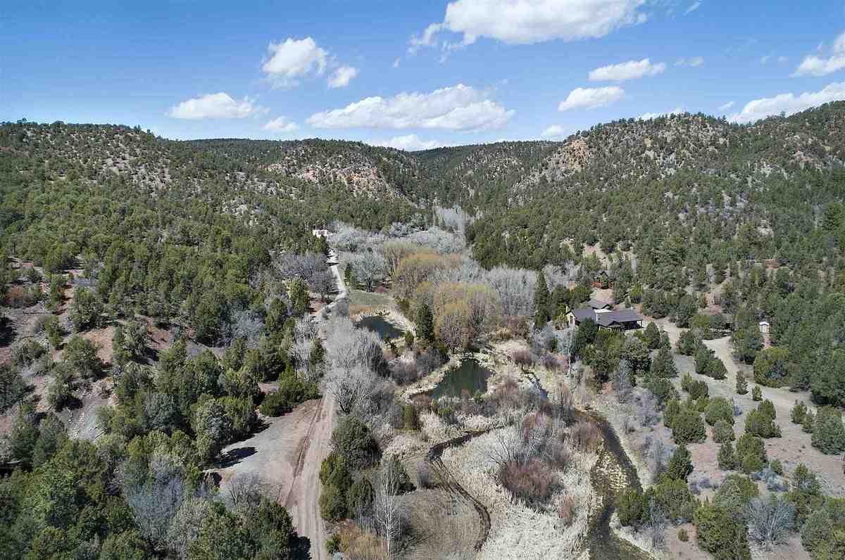 $4,500,000 - 3Br/4Ba -  for Sale in Santa Fe