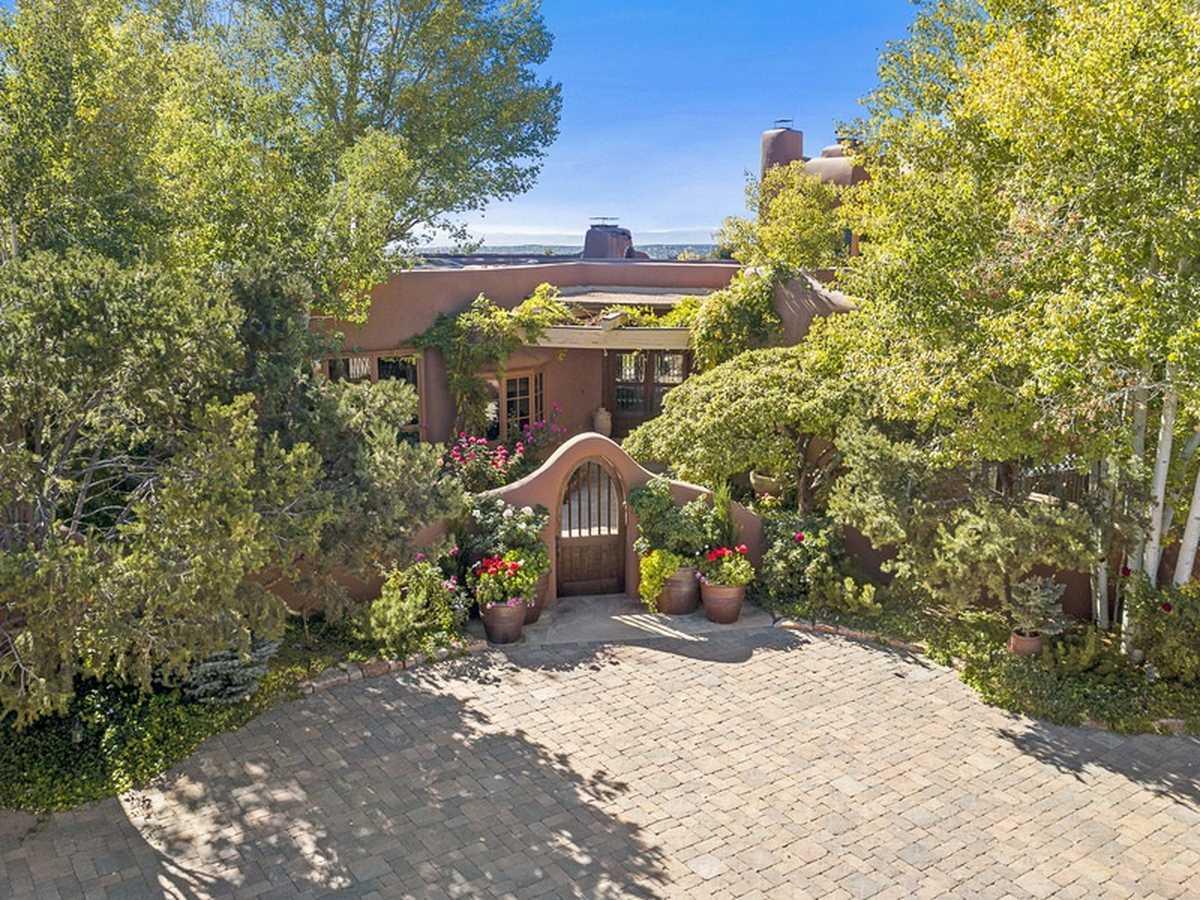 $6,200,000 - 7Br/11Ba -  for Sale in Santa Fe