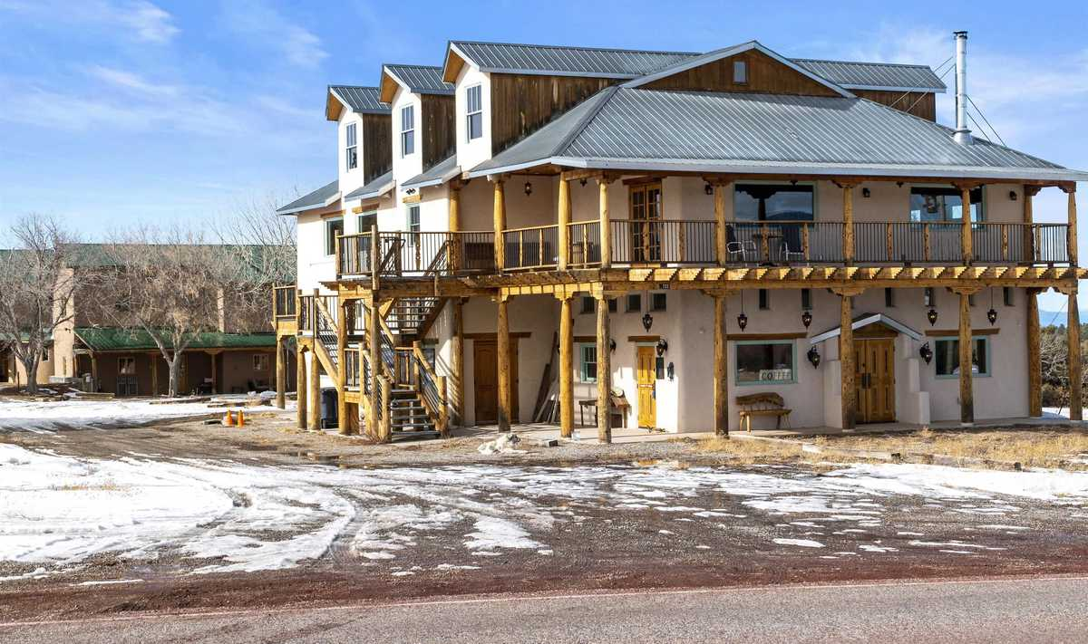 $1,999,000 - 6Br/4Ba -  for Sale in Truchas