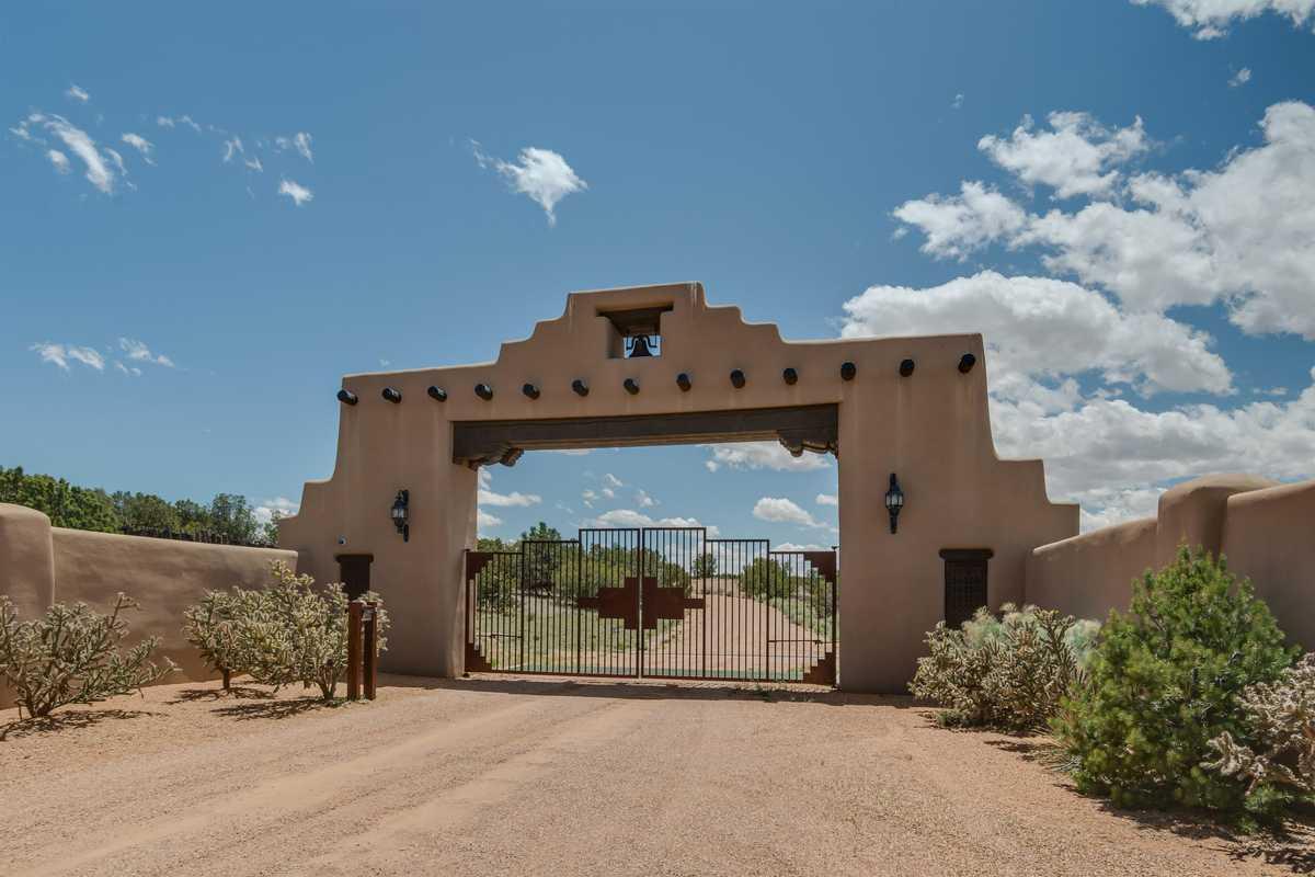 $8,500,000 - 5Br/8Ba -  for Sale in Santa Fe