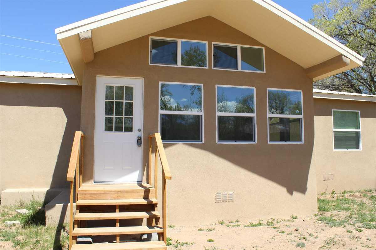 $339,900 - 3Br/2Ba -  for Sale in Santa Fe