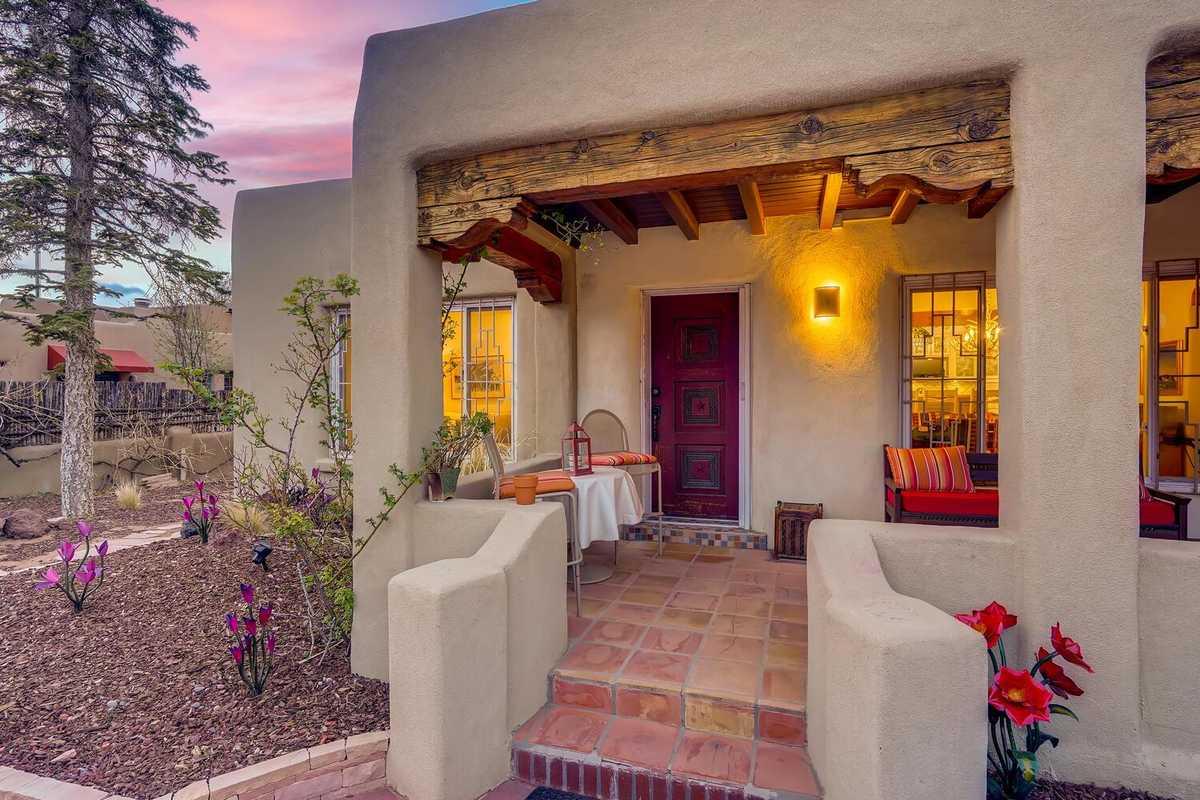 $1,700,000 - 4Br/4Ba -  for Sale in Santa Fe