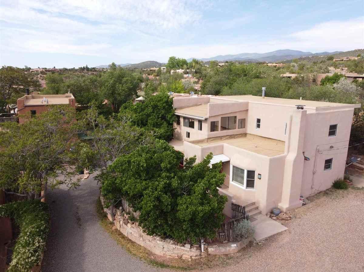 $825,000 - 3Br/2Ba -  for Sale in Santa Fe
