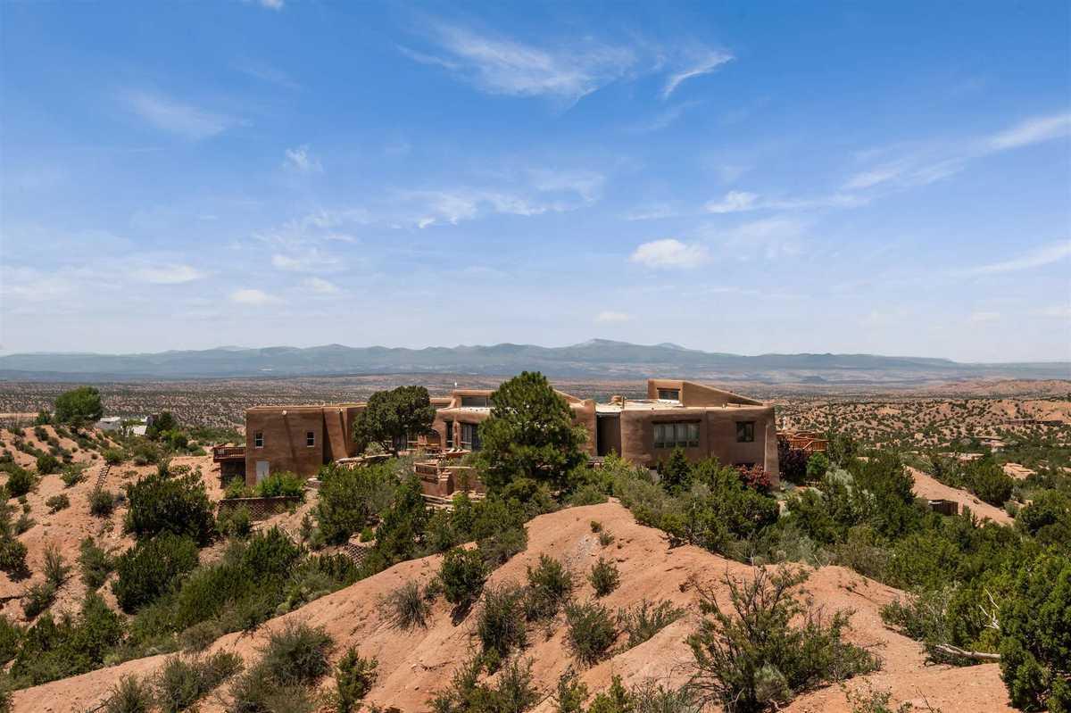 $1,795,000 - 5Br/5Ba -  for Sale in Tesuque, Santa Fe