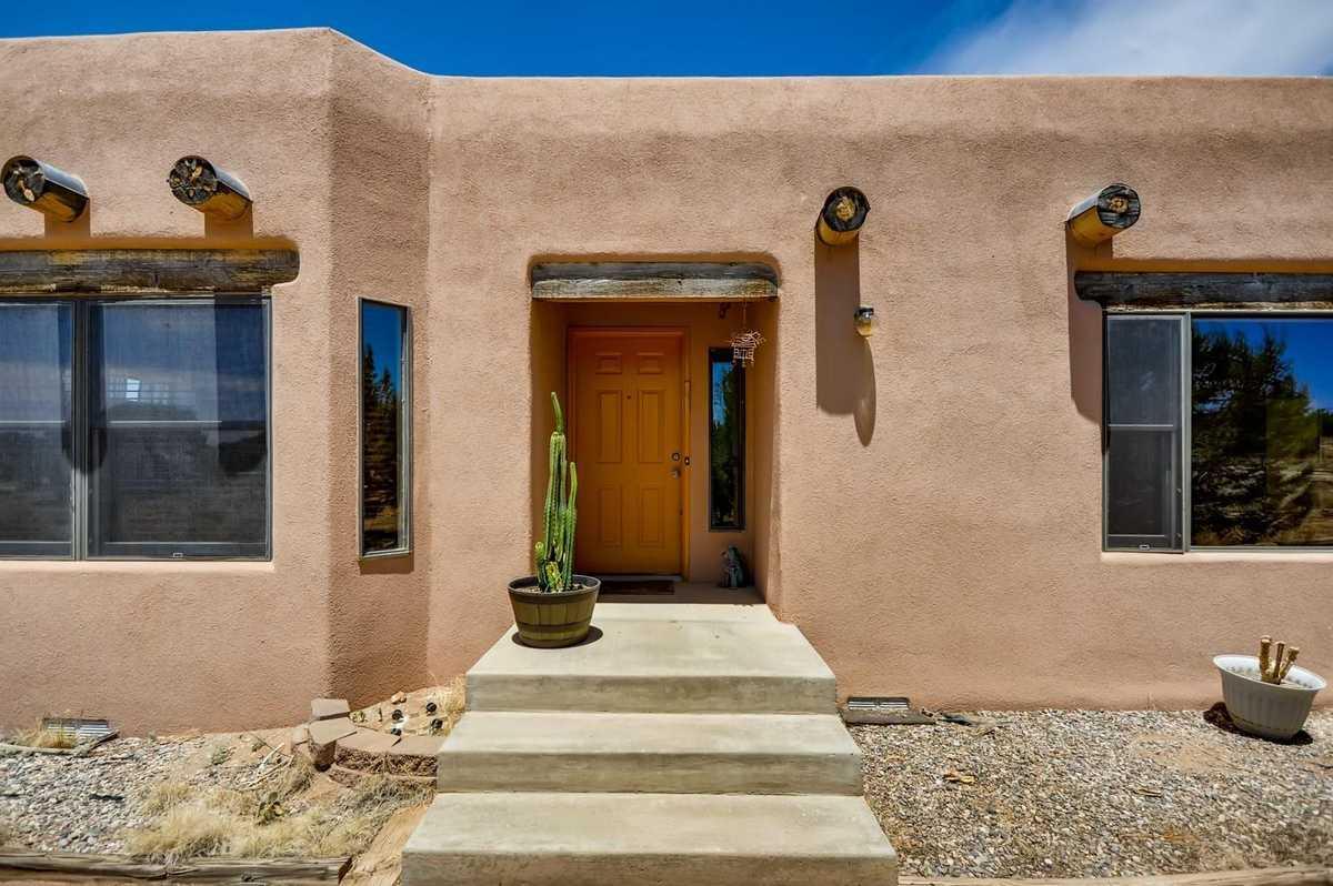 $455,000 - 3Br/2Ba -  for Sale in Eldorado, Santa Fe