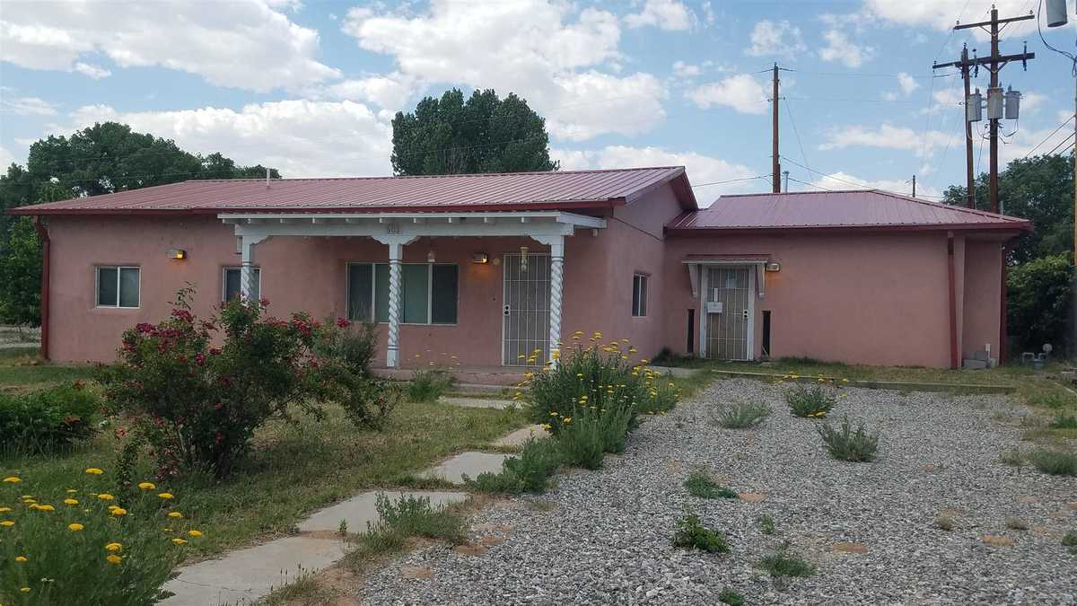 $350,000 - 7Br/2Ba -  for Sale in Espanola