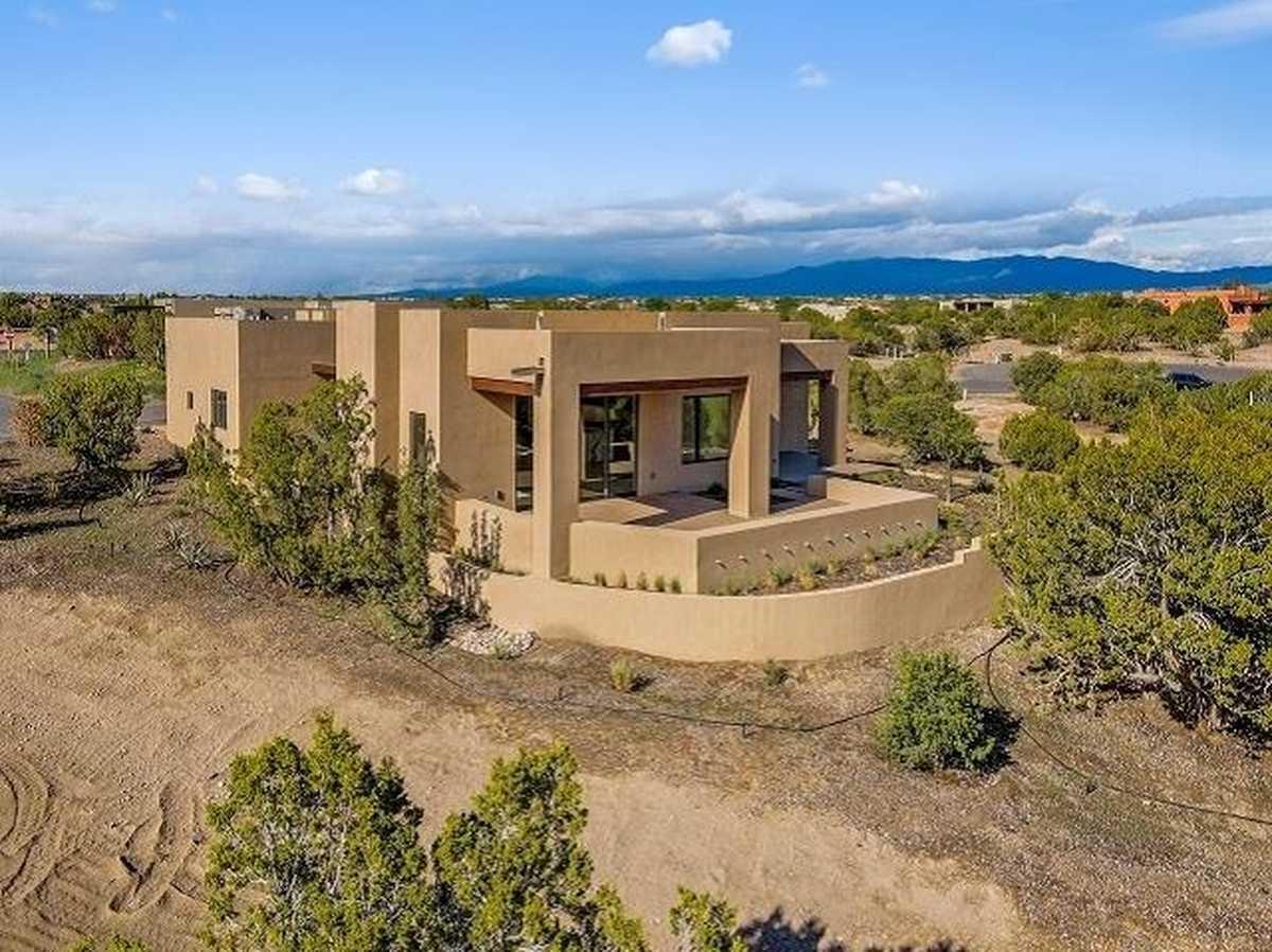$1,180,000 - 3Br/4Ba -  for Sale in Las Campanas, Santa Fe
