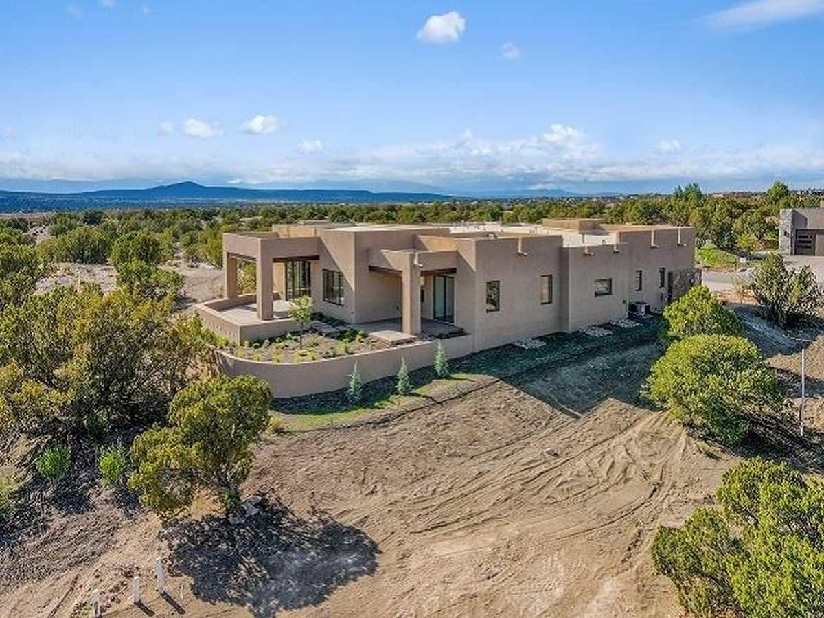 $1,120,000 - 3Br/3Ba -  for Sale in Las Campanas, Santa Fe