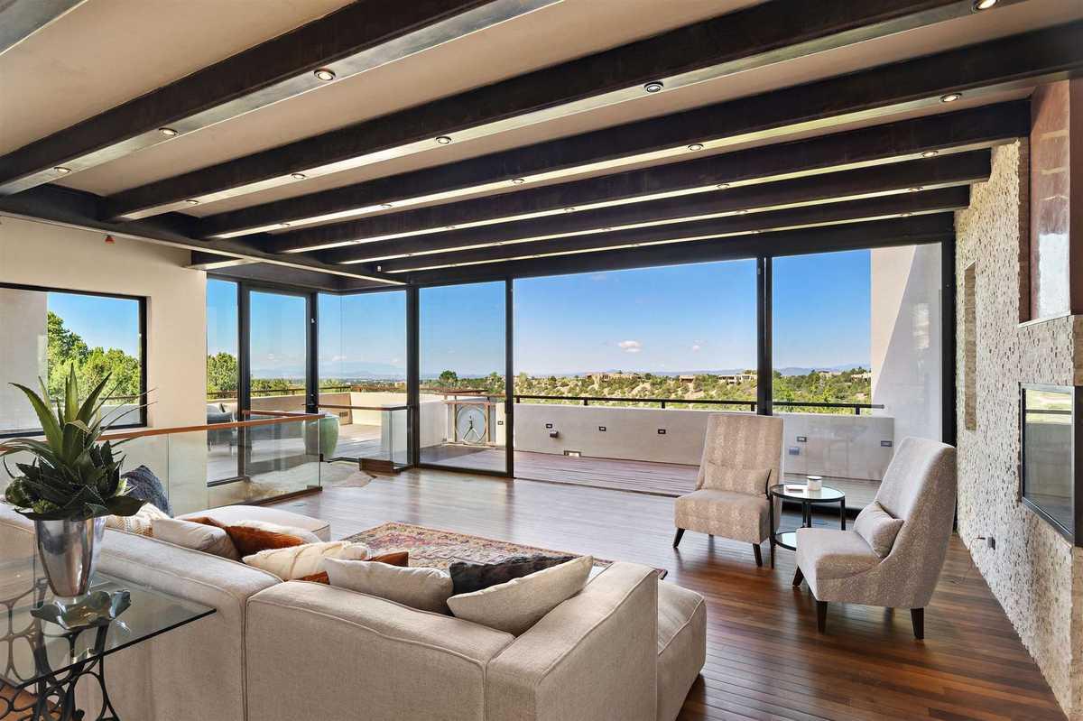 $2,000,000 - 4Br/4Ba -  for Sale in Santa Fe