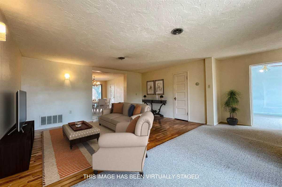$625,000 - 4Br/3Ba -  for Sale in Santa Fe