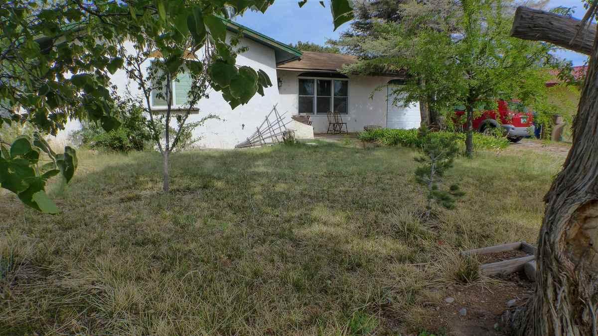 $275,000 - 3Br/1Ba -  for Sale in Los Alamos
