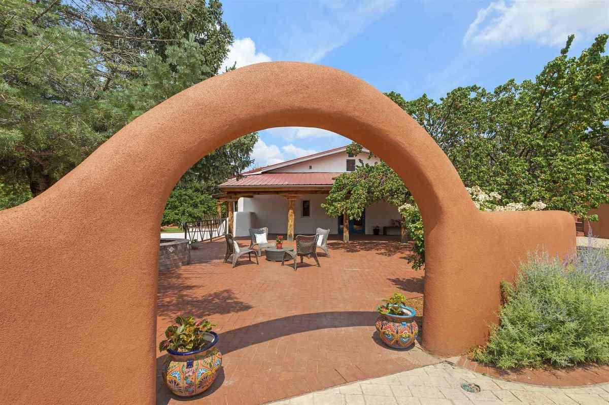 $1,575,000 - 4Br/4Ba -  for Sale in Tesuque Village, Santa Fe