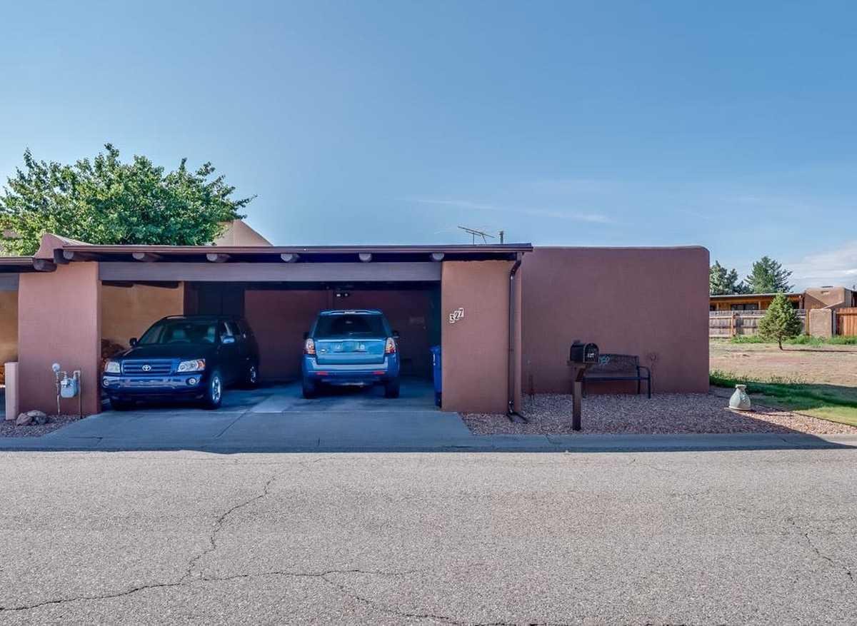 $300,000 - 2Br/2Ba -  for Sale in Los Alamos