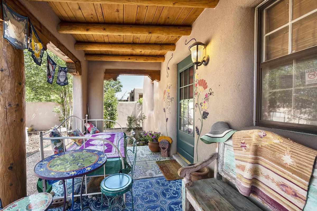 $595,000 - 3Br/3Ba -  for Sale in Santa Fe