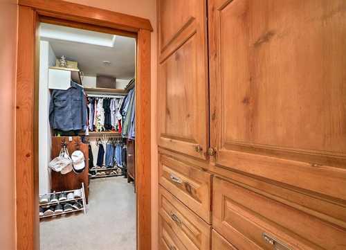 $844,000 - 5Br/3Ba -  for Sale in Albuquerque