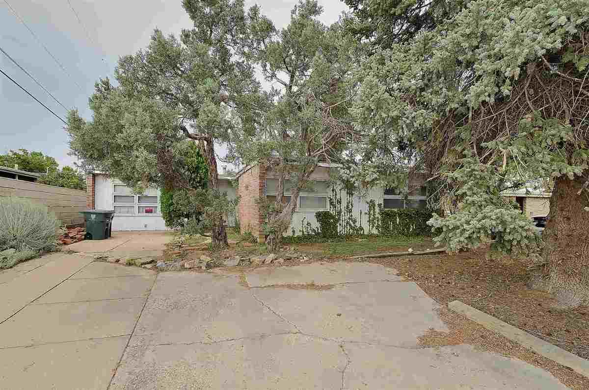 $425,000 - 3Br/1Ba -  for Sale in Alta Vista Estates, Santa Fe