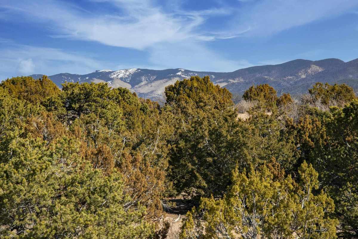 $1,695,000 - 3Br/4Ba -  for Sale in Tano Compound, Santa Fe