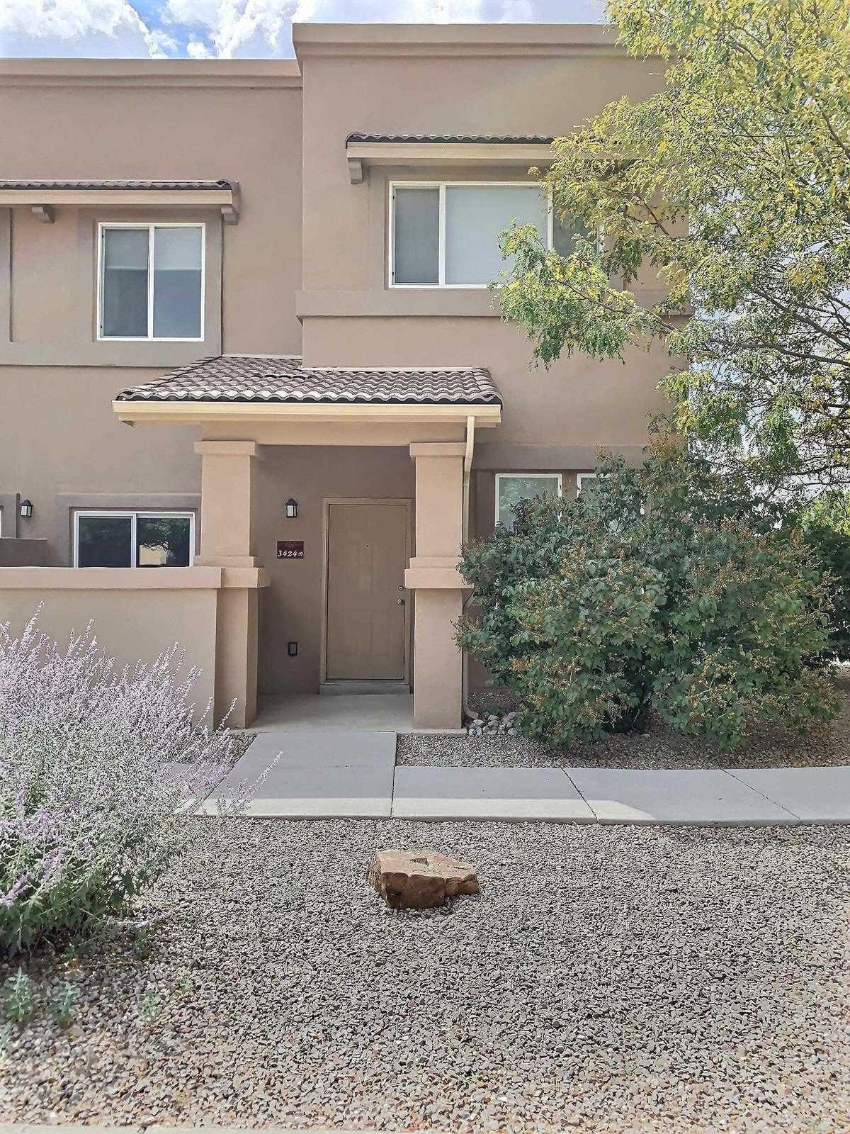 $325,000 - 3Br/3Ba -  for Sale in Santa Fe
