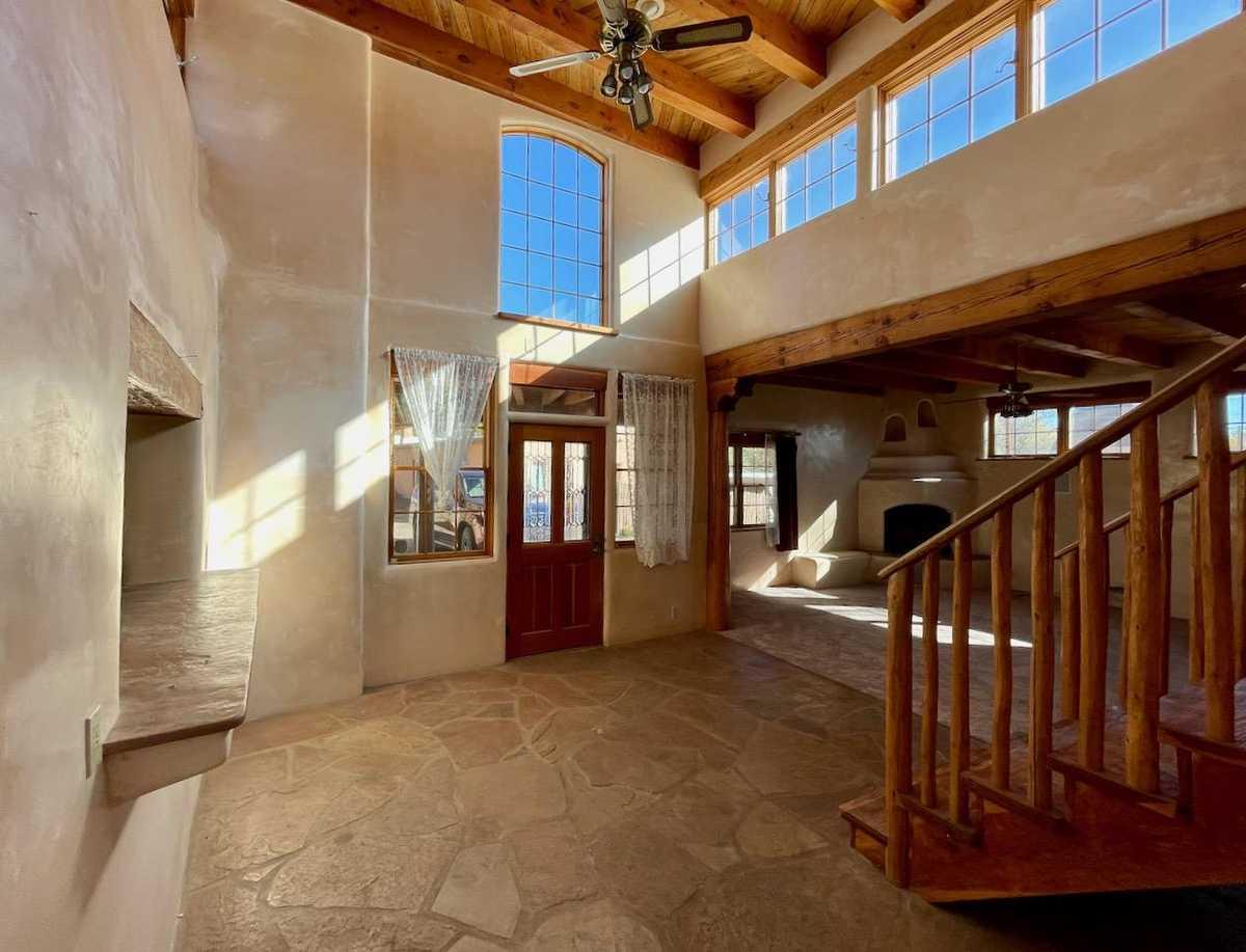 $750,000 - 3Br/3Ba -  for Sale in Santa Fe