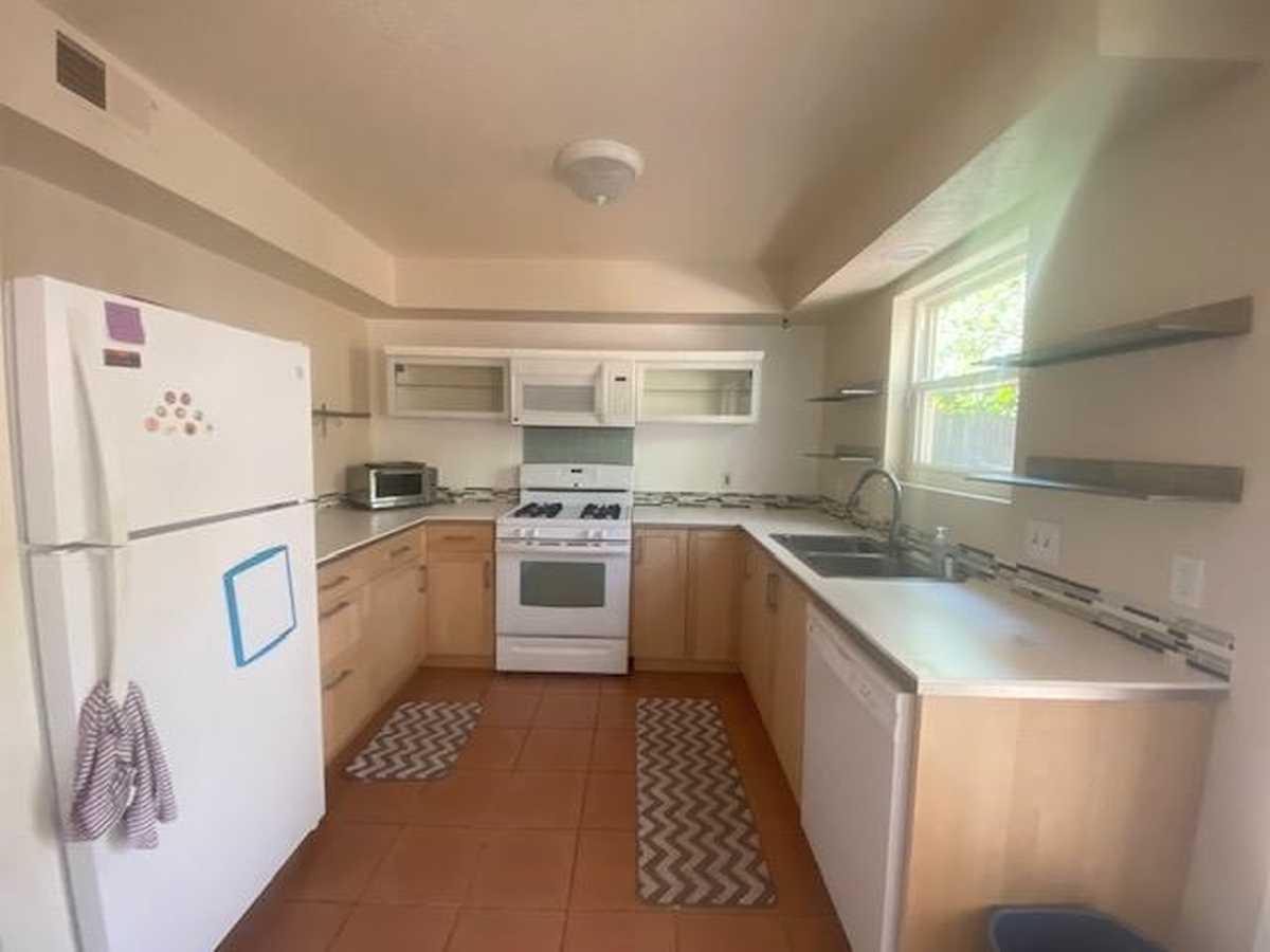 $230,000 - 2Br/2Ba -  for Sale in Casas Carlos Rey, Santa Fe