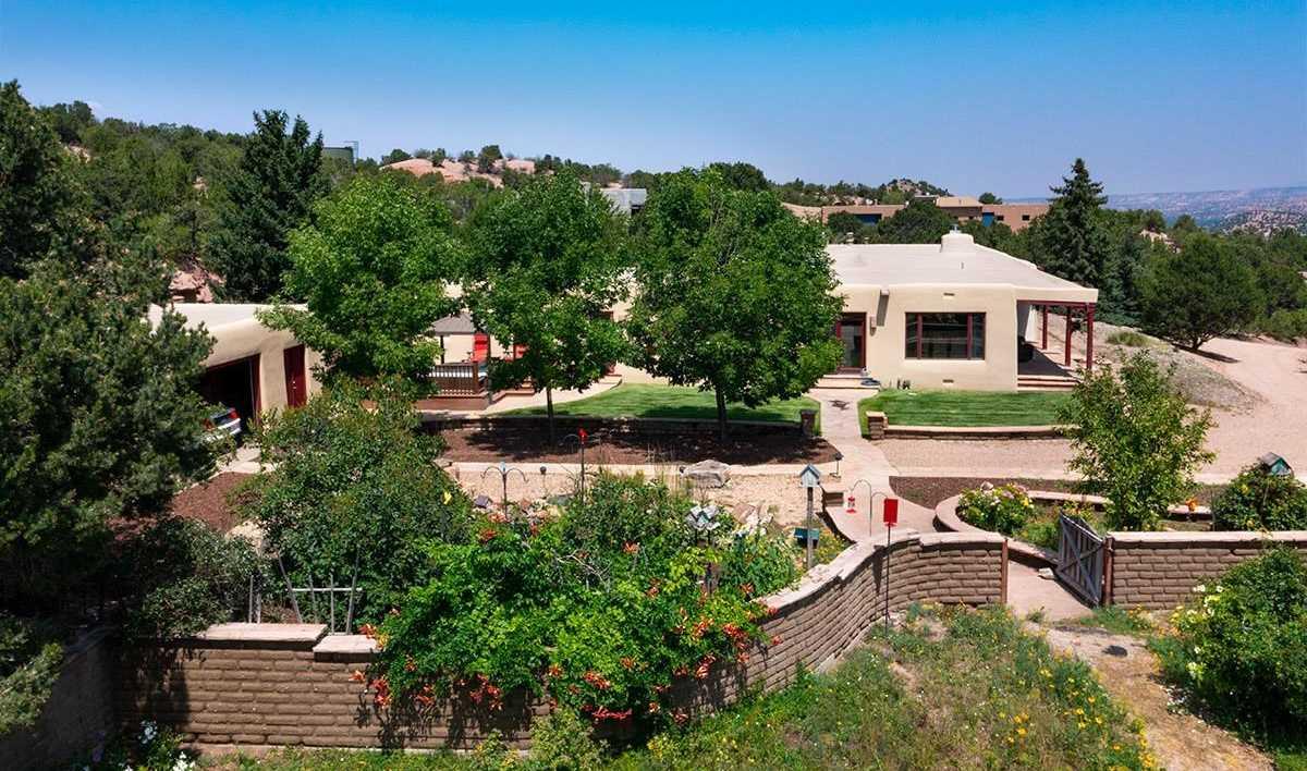 $1,135,000 - 4Br/4Ba -  for Sale in Tesuque Hills, Santa Fe