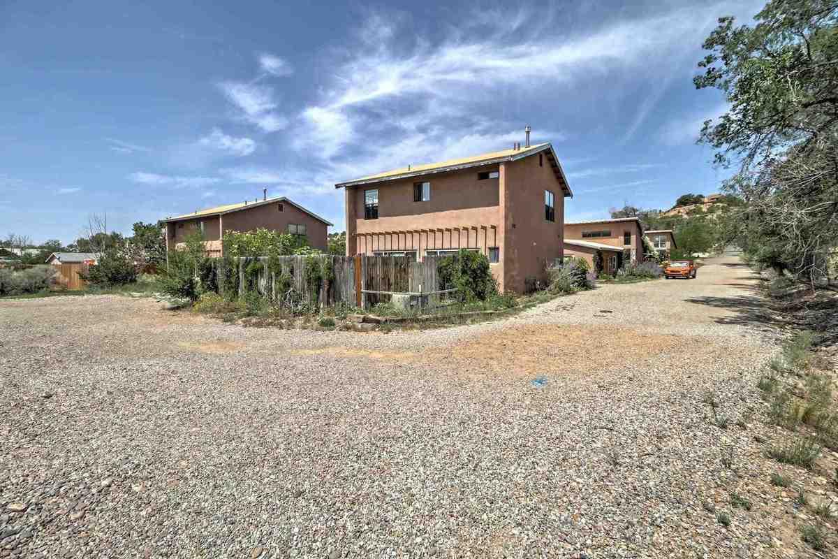 $3,000,000 - 30Br/22Ba -  for Sale in Santa Fe