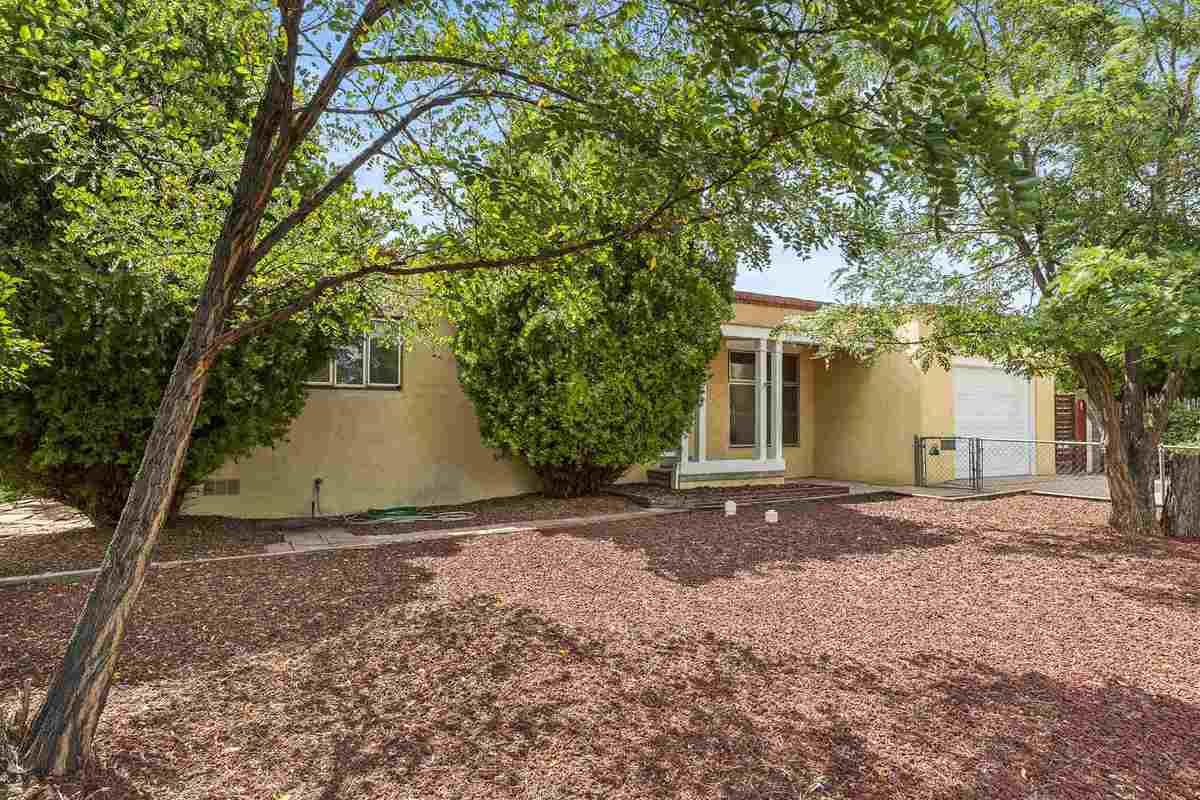 $474,000 - 2Br/2Ba -  for Sale in Casa Solana, Santa Fe