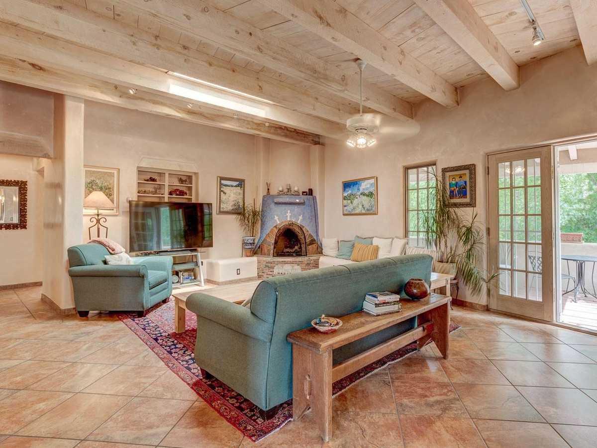 $1,200,000 - 3Br/3Ba -  for Sale in Santa Fe