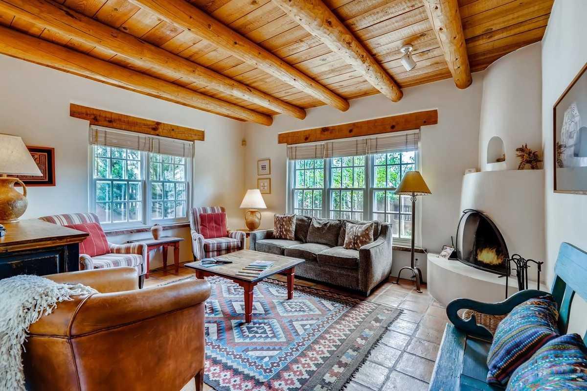 $179,000 - 2Br/3Ba -  for Sale in Santa Fe