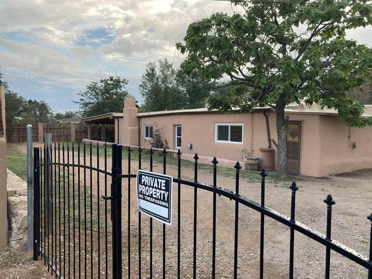 $635,000 - 3Br/2Ba -  for Sale in South Capital, Santa Fe