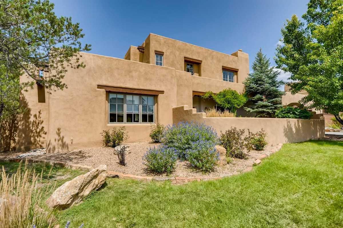 $1,330,000 - 4Br/4Ba -  for Sale in Quail Run Condo, Santa Fe