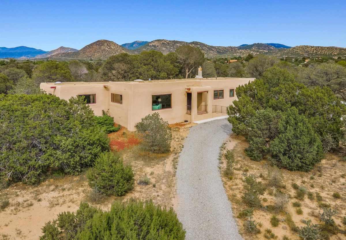 $895,000 - 3Br/2Ba -  for Sale in Santa Fe