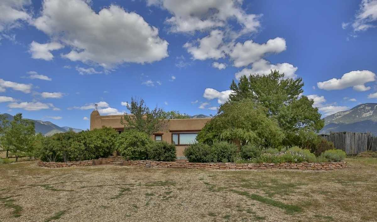 $430,000 - 1Br/2Ba -  for Sale in Taos