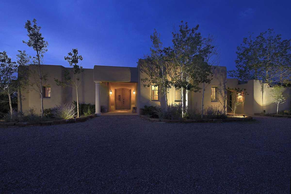 $1,997,000 - 2Br/4Ba -  for Sale in Vista Redonda, Santa Fe