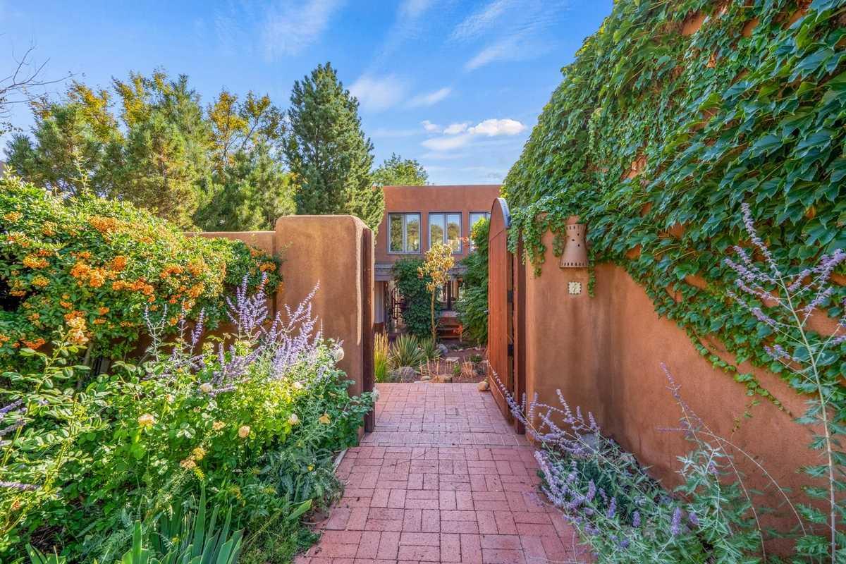 $889,000 - 3Br/3Ba -  for Sale in Santa Fe