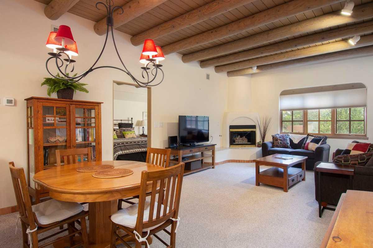 $499,000 - 2Br/2Ba -  for Sale in Quail Run Condo, Santa Fe