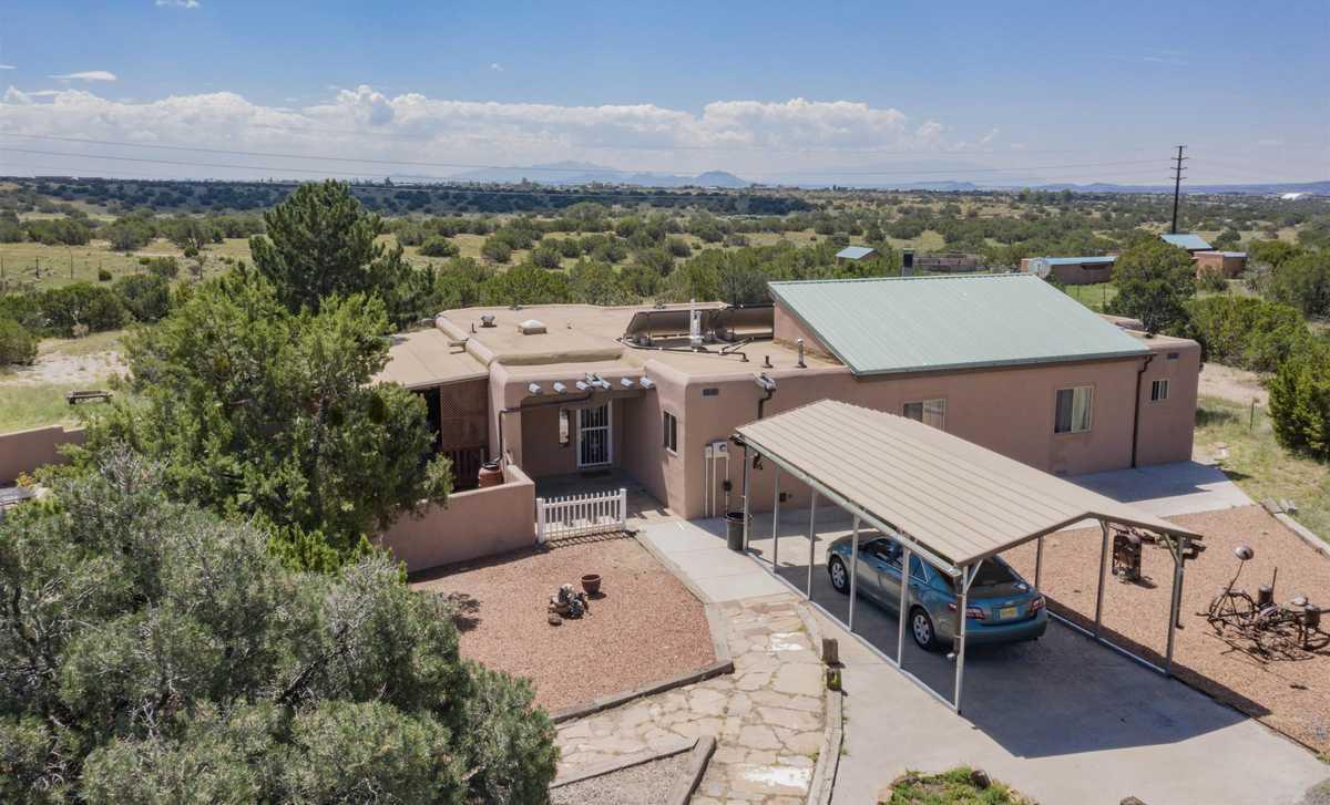$700,000 - 6Br/4Ba -  for Sale in Santa Fe