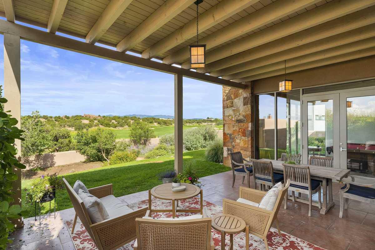 $1,725,000 - 4Br/4Ba -  for Sale in Las Campanas, Santa Fe