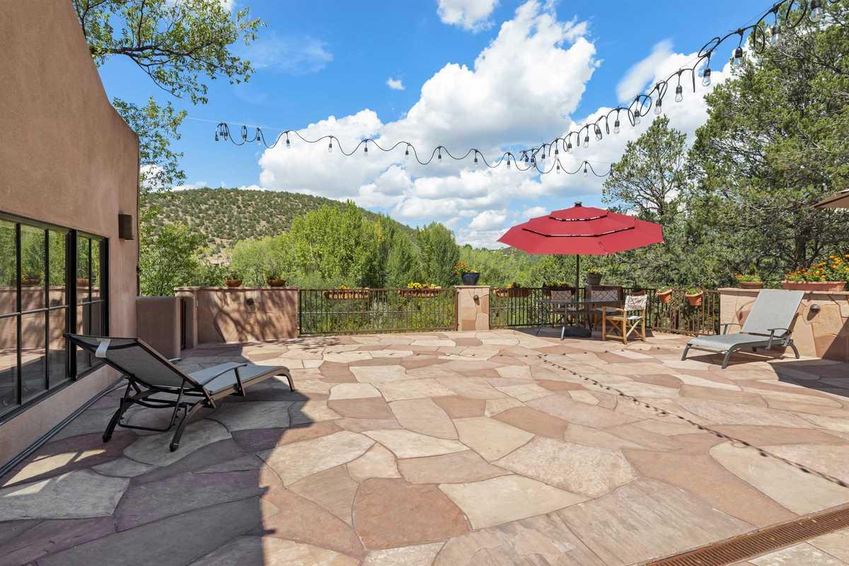 $1,895,000 - 3Br/3Ba -  for Sale in Santa Fe