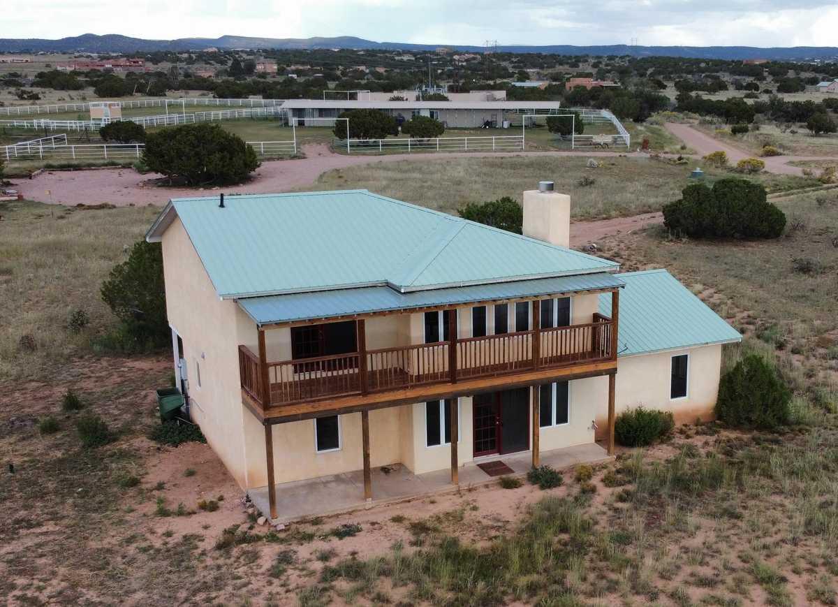 $478,000 - 3Br/3Ba -  for Sale in Santa Fe