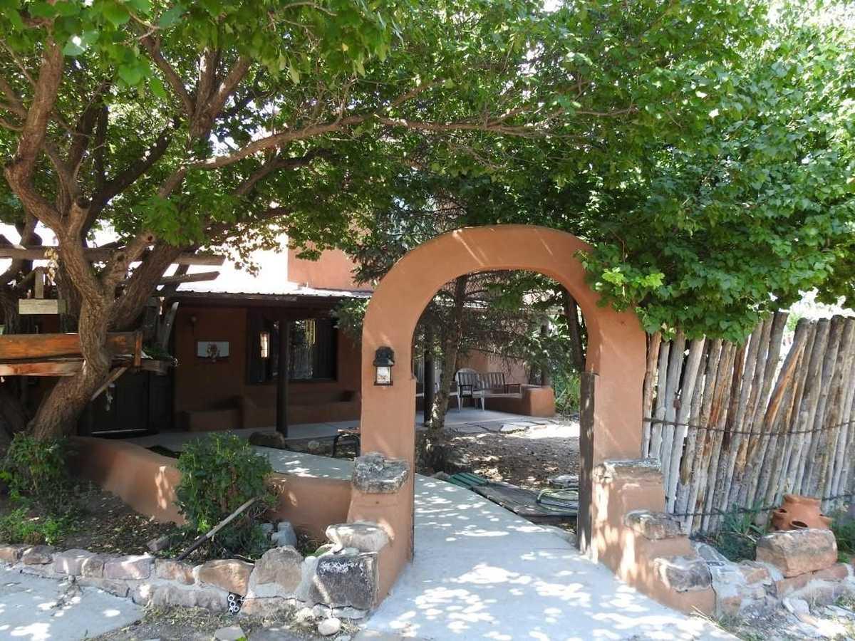 $419,000 - 3Br/3Ba -  for Sale in Santa Fe