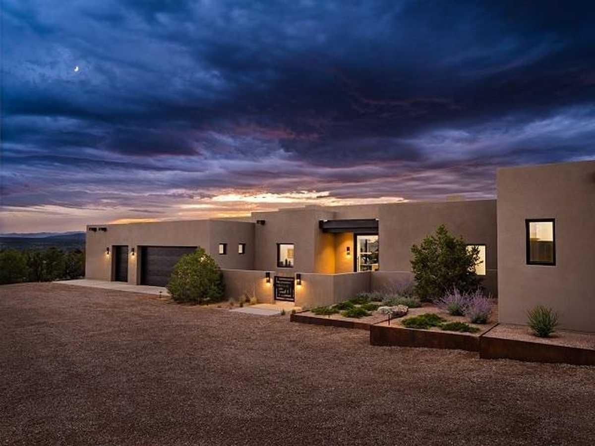 $2,700,000 - 3Br/4Ba -  for Sale in Las Campanas, Santa Fe