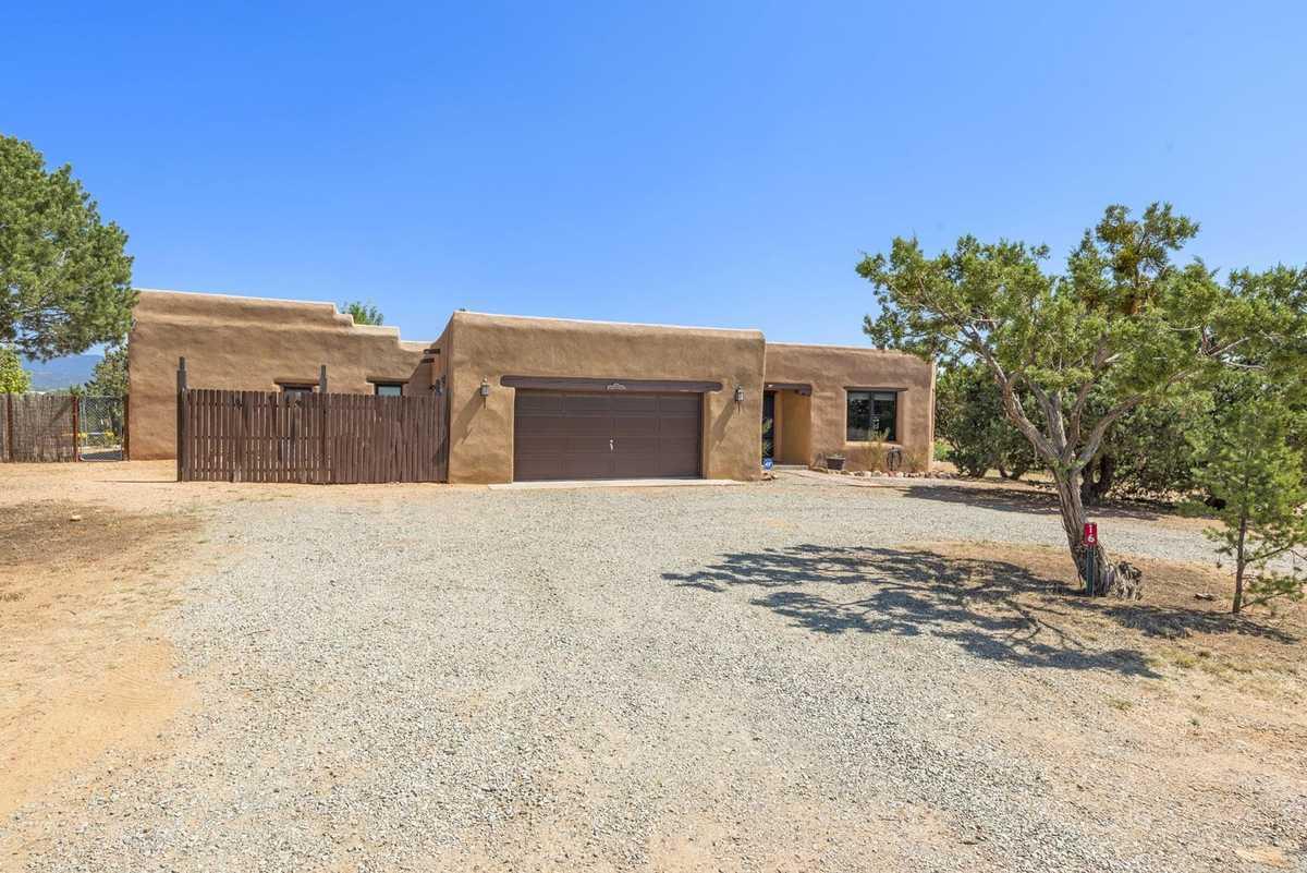 $860,000 - 4Br/2Ba -  for Sale in Santa Fe