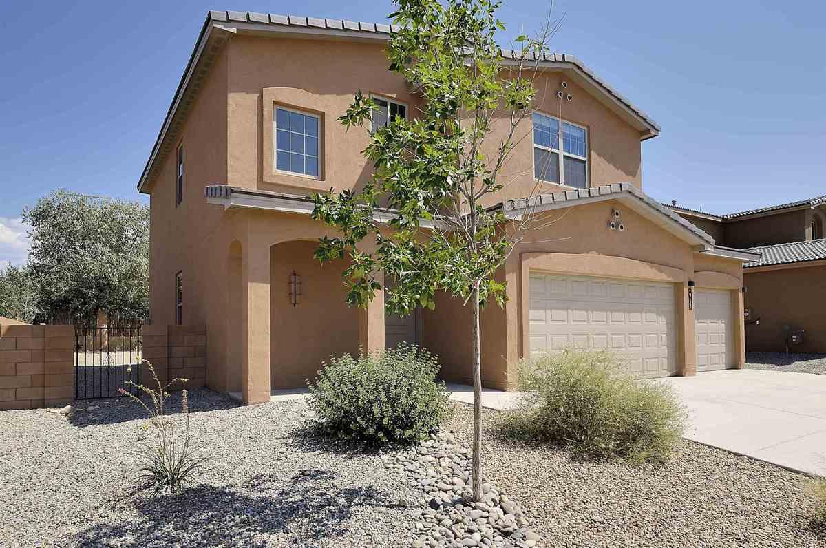 $595,000 - 3Br/3Ba -  for Sale in La Potencia, Santa Fe