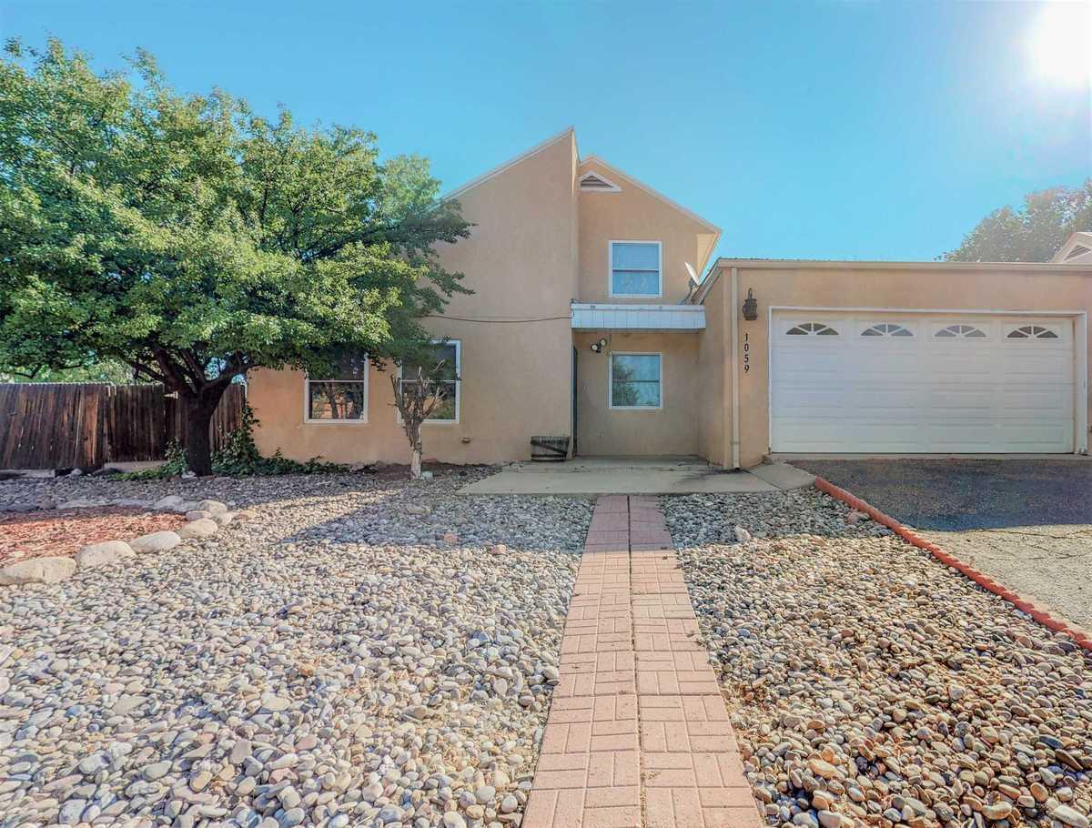 $280,000 - 3Br/2Ba -  for Sale in Santa Fe