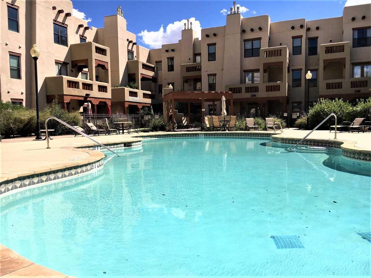 $220,000 - 1Br/1Ba -  for Sale in Alameda Condos, Santa Fe