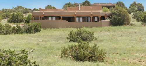 $687,500 - 3Br/2Ba -  for Sale in Cielo Colorado, Santa Fe